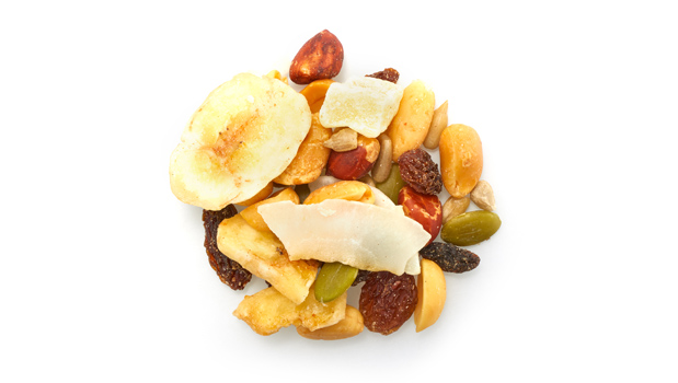 Raisins sultana, red skin peanuts, blanched peanuts, sunflower seeds, bananas, pumpkin seeds, pineapple, papaya, coconut, non-hydrogenated canola oil, vegetable oil, coconut oil, cane sugar, sulphites, calcium chloride, citric acid, banana flavor, tartrazine, Sunset Yellow FCF.