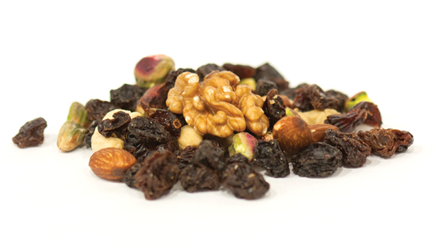 Raisins, cashews, walnuts, almonds, cranberries, pistachios, mulberries, apple juice, vegetable oil.