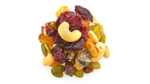 Raisin, dates, cashews, pumpkin, cranberries, vegetable oil (including non GMO canola oil, sunflower oil), sugar, dextrose or rice flour, sulphites.