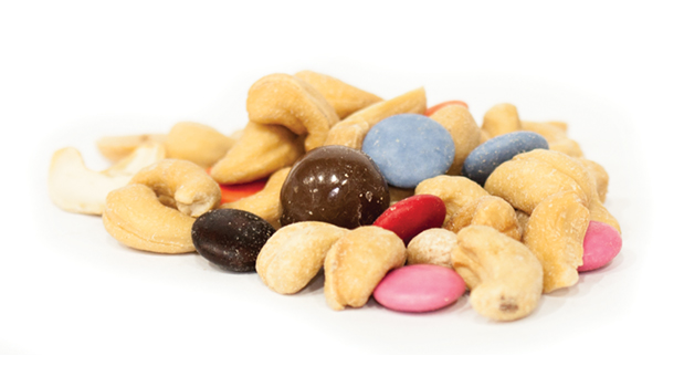Blanched roasted peanuts [peanuts, non-hydrogenated canola oil], smarties [milk chocolate (sugar,milk ingredients, cocoa butter, cocoa mass, whey powder, lactose, soya lecithin, polyglycerol polyricinoleate, natural flavour), sugar, wheat flour, modified corn starch, carnauba wax, colour], peanuts, milk chocolate caramels [milk chocolate (sugar, cocoa butter, milk, chocolate liquor, soy lecithin - an emulsifier, artificial flavoring, salt), corn syrup, sweetened condensed milk (milk, skim milk, sugar), sugar, hydrogenated vegetable oil (palm kernel and soybean oil), evaporated milk (vitamin D added), salt, natural and artificial flavor, gum arabic, modified starch, coconut oil, confectioner's glaze, xanthan gum], roasted cashews [cashews, non GMO canola oil].